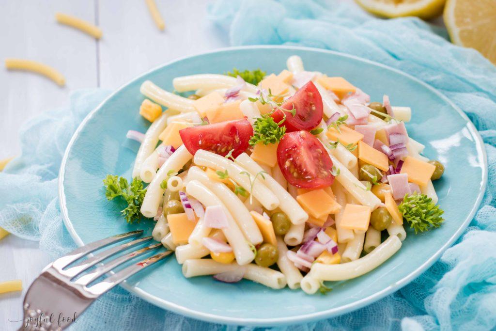 Makkaroni Salat mit Käse: Mac 'n Cheese Nudelsalat