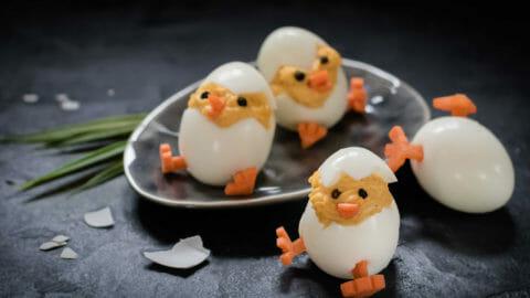 Süßes Osterrezept: putzige Eier Küken